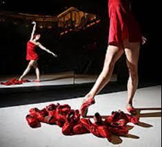 http://valeriagh.neocities.org/proyectofinal/fotosballet/ballet%2010.jpg