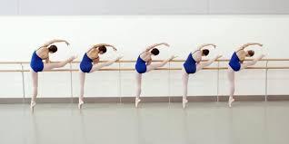http://valeriagh.neocities.org/proyectofinal/fotosballet/ballet%204.jpg