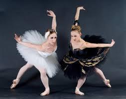 http://valeriagh.neocities.org/proyectofinal/fotosballet/ballet%208.jpg